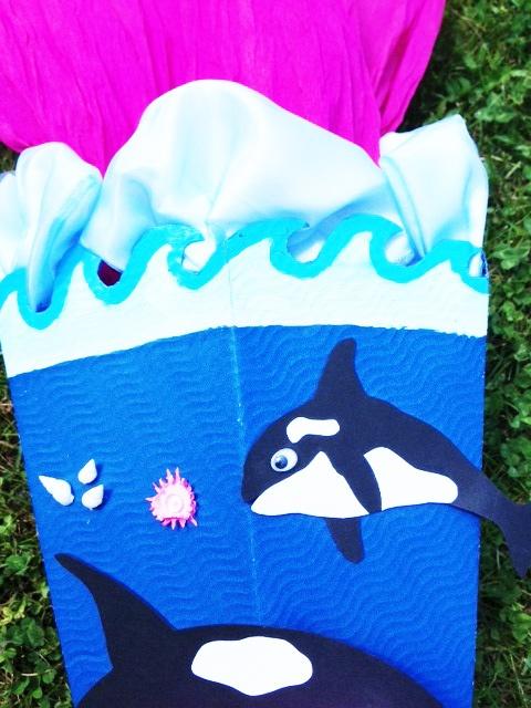 Delfin Schultüte selber basteln. Die Krone in Wellenform