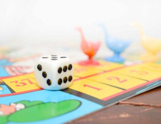 Klassische Reisespiele für Kinder für unterwegs und im Urlaub. Unsere Lieblinge und Tipps