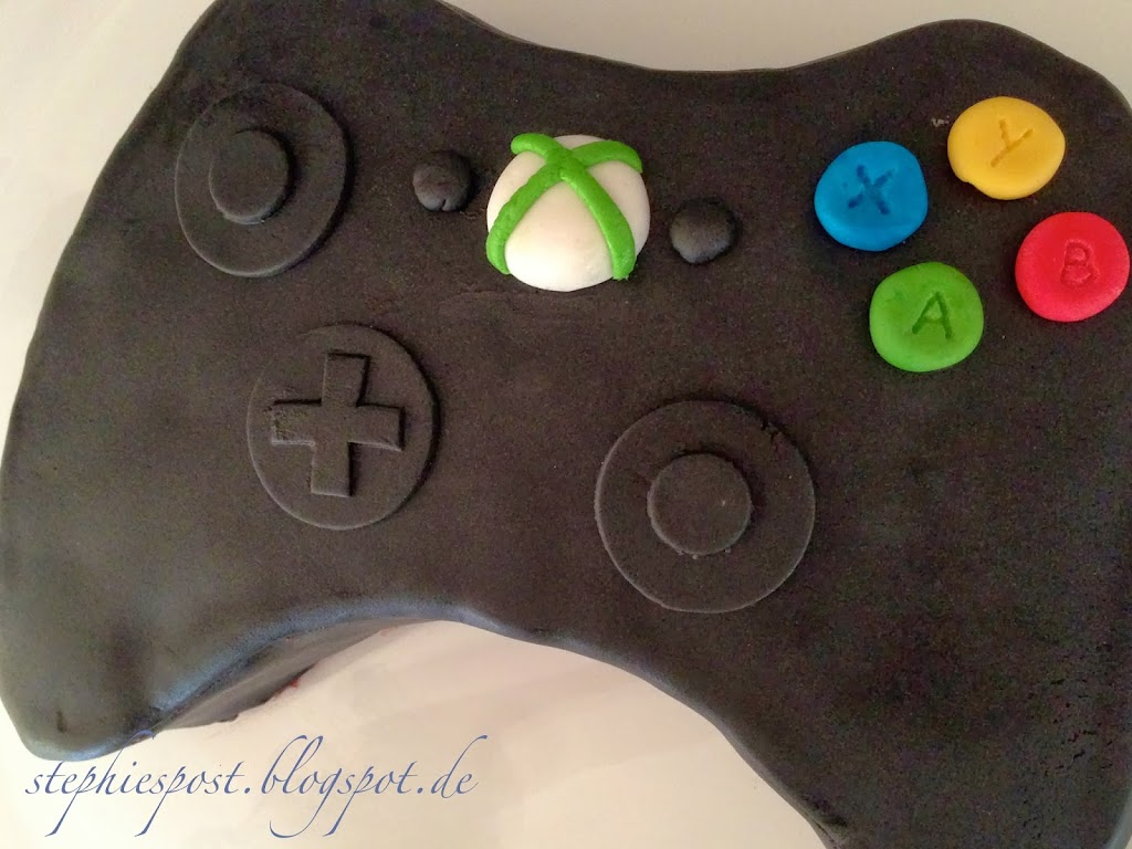 geburtstagskuchen xbox controller. Black Bedroom Furniture Sets. Home Design Ideas