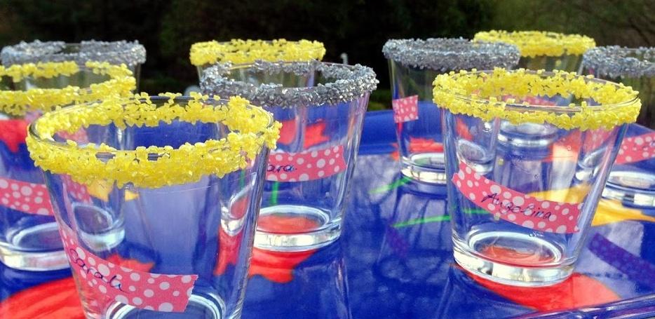 Gläser mit Zuckerrand (bestens vorzubereiten)