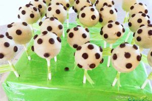 Fußball Cakepops mit wenig Aufwand selbst backen