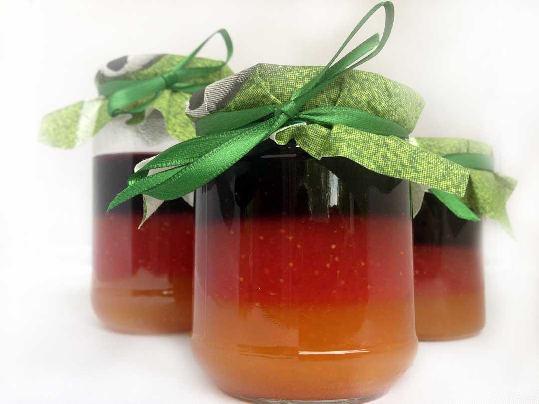 WM-Marmelade selber machen. Deutschland-Marmelade. schwarz-rot-gold