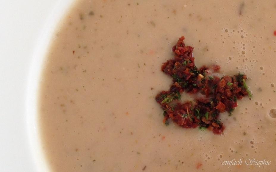Maronensuppe-mit-tomatenhaeubchen_2