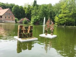 Gartenträume auf Burg Hülshoff:: Wasser-Deko zum Staunen