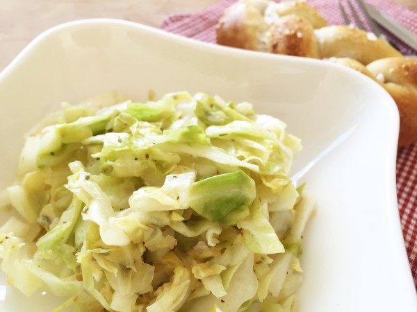 Partysalat: veganer Krautsalat selbst gemacht