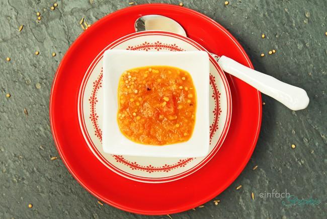 Indisches Tomaten-Chutney Dip für Fondue und Raclette