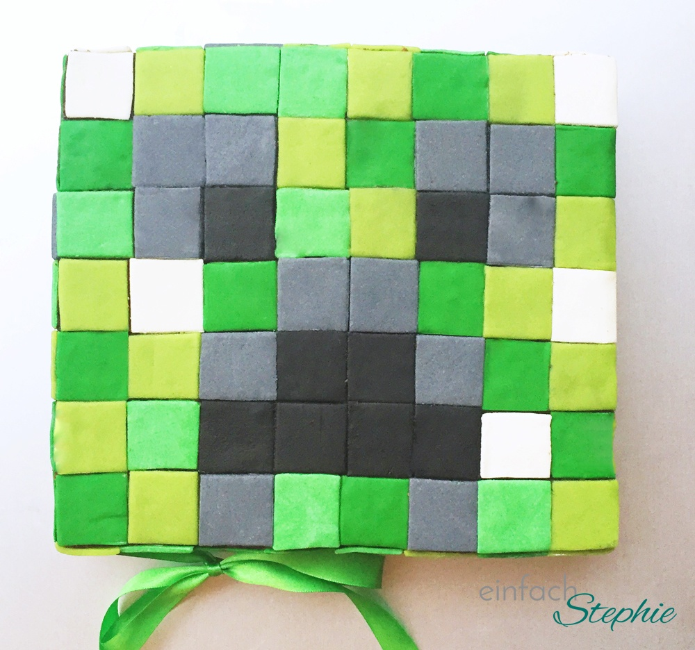 Minecraft Torte backen. Minecraft Creeper Kuchen