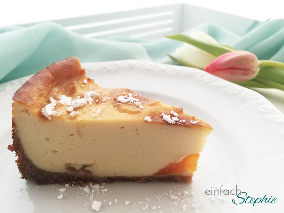 Veganer Käsekuchen mit Aprikose