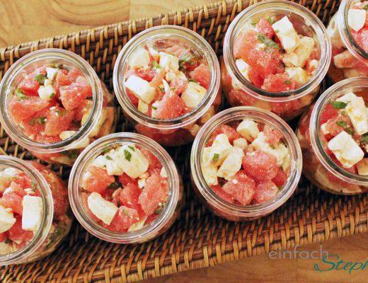 Sommersalat mit Wassermelone und Feta als Partysalat