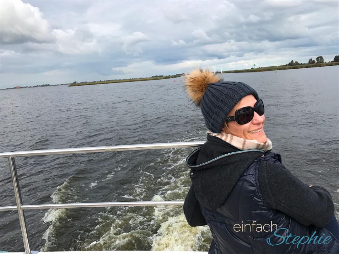 Per Hausboot durch Holland mit Großfamilie. Noch lacht Stephie