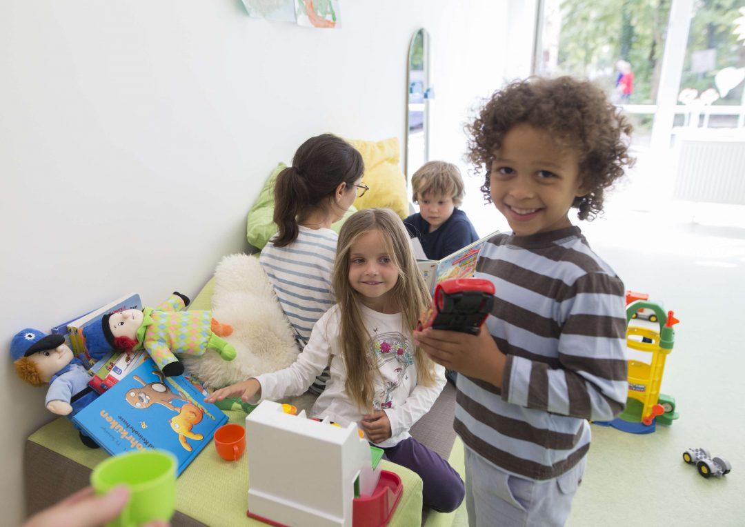 SOS-Kinderdorf e.V. | Foto Kinder spielen gemeinsam