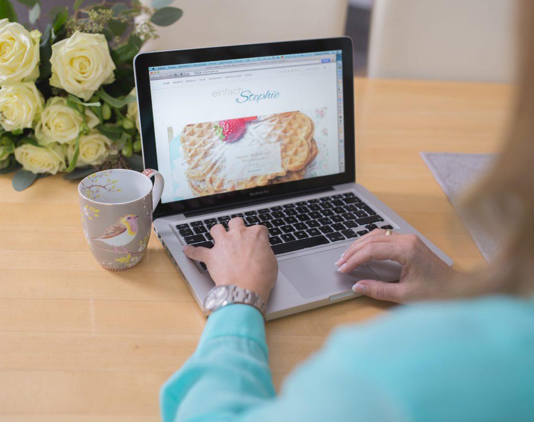 Werbung im Blog. Mit sponsored posts Geld verdienen.