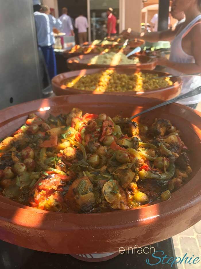 Kulinarische Genüsse in Marokko. Gemüse aus der Tajine