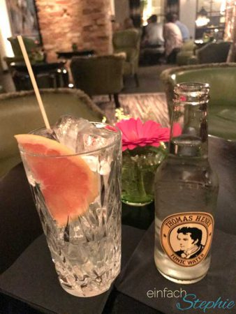 Cocktail in der Grace Bar Berlin
