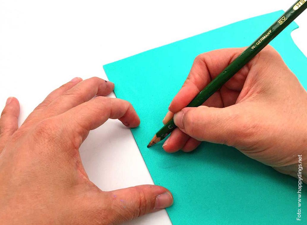 Deko Ideen selber machen. Kakteen aus Moosgummi. Stift