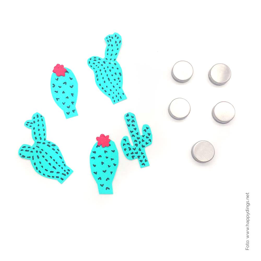 Bastelideen. Kakteen aus Moosgummi. Magnete