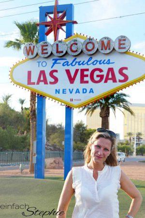 Familienurlaub in Las Vegas - da darf das Las Vegas Sign Foto nicht fehlen