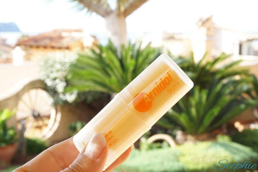 Erfahrungen mit Arnidol Sun Stick für kleine Reiseapotheke. Der Sonnenschutzstift