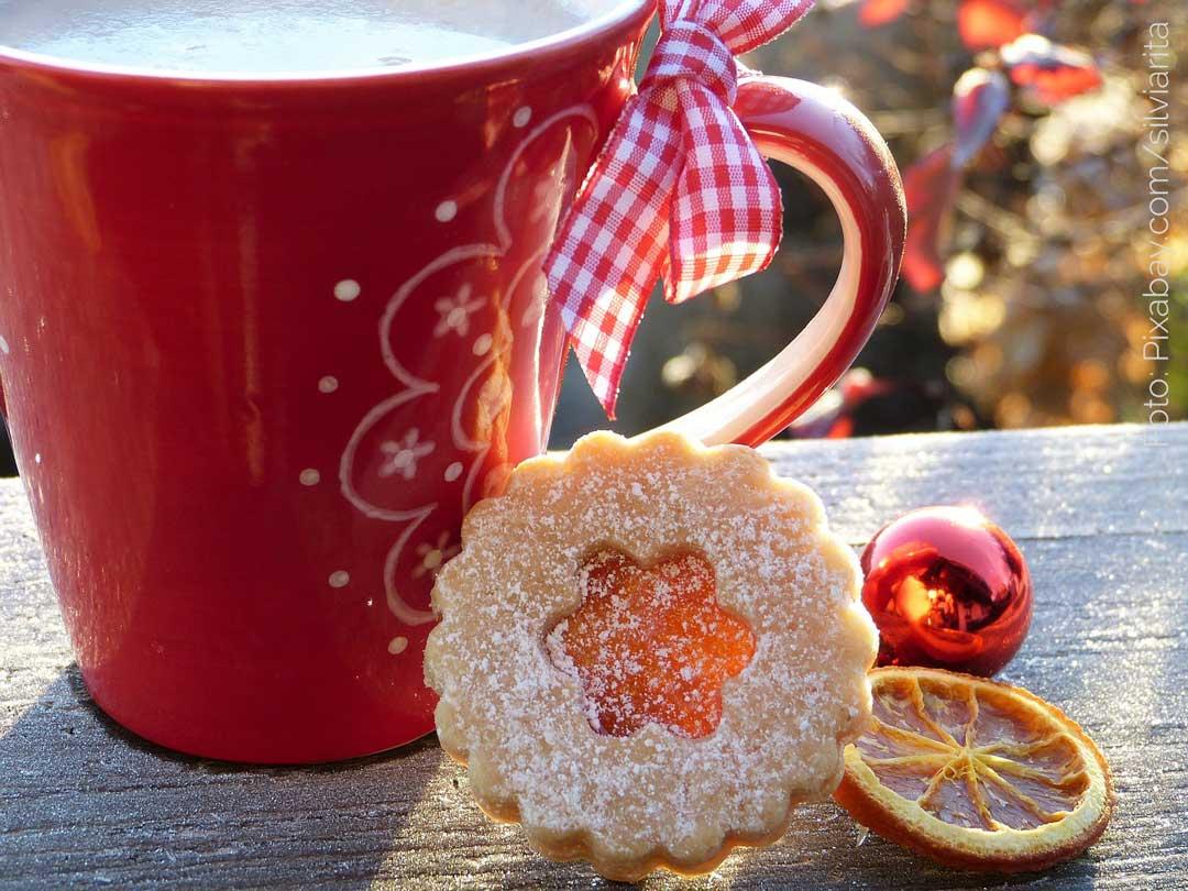 Entschleunigen der Weihnachtszeit. Kaffee und Keks