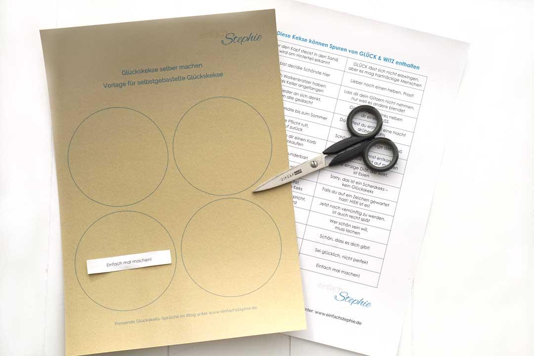 Glückskekse selber machen aus Papier. Kostenlose Vorlagen zum Ausdrucken