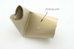 Glückskekse selber machen aus Papier. Anleitung Schritt 4