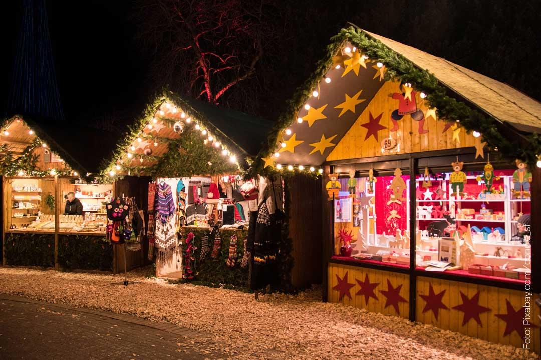 Weihnachtsmarkt Schloss Merode.Weihnachten Im Schloss Romantische Weihnachtsmärkte Einfach Stephie