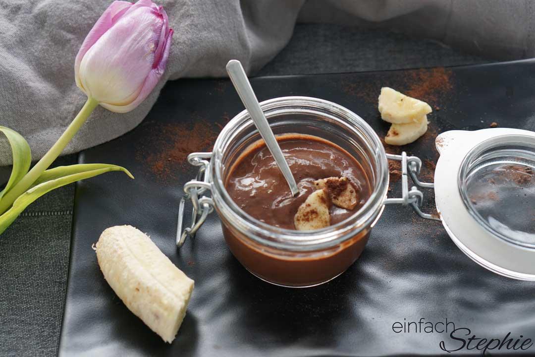 Schneller Schokopudding ohne Puddingpulver für Kinder selber machen