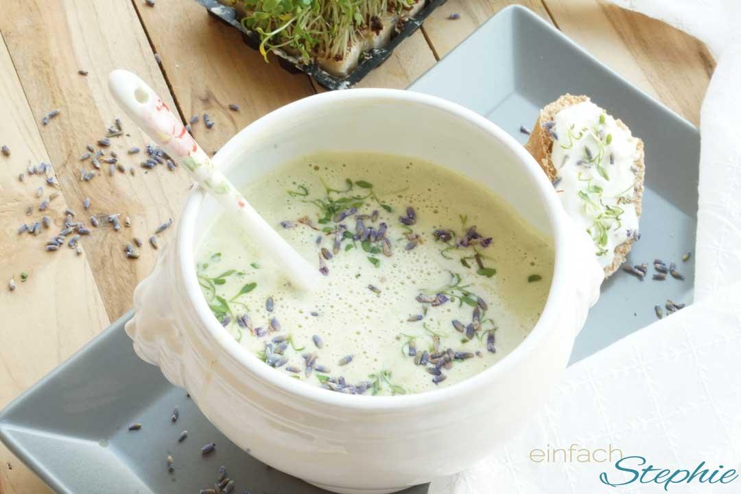 vegane Suppe mit Kresse aus dem Thermomix, einfach und schnell