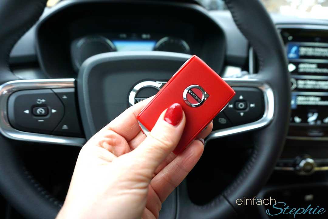 privates Carsharing ohne Schlüsselübergabe. Volvo XC40. Der rote Schlüssel