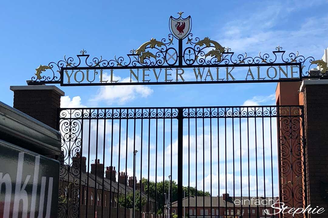 Rundreise England Schottland. You'll never walk alone. Liverpool Stadion