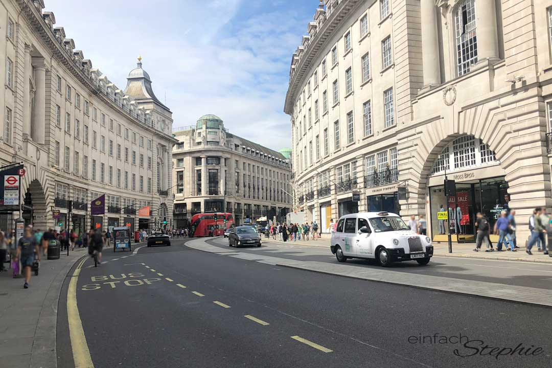 London mit Kindern. Shopping am Piccadilly Circus