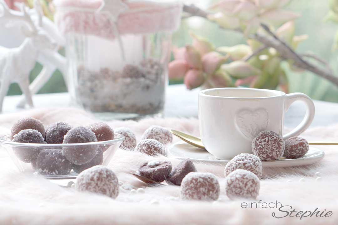 Schoko-Kirsch-Pralinen ganz einfach selber machen mit nur 5 Zutaten