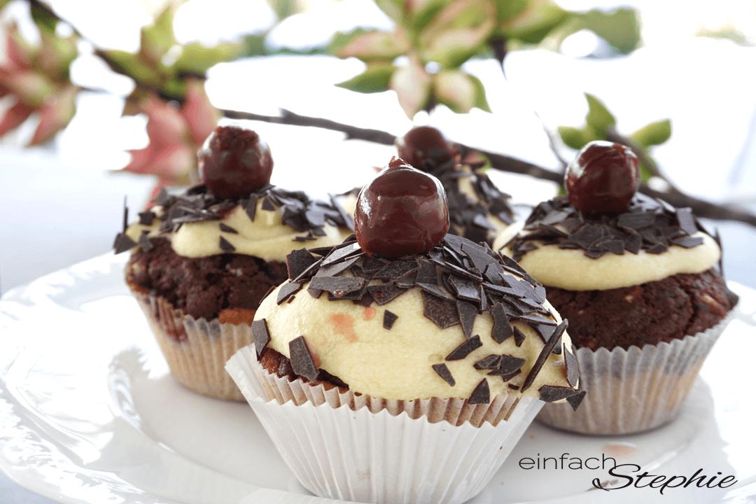 Donauwellen Cupcakes ohne Ei schnell und einfach backen