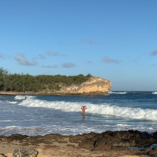 Surfer auf Kauai, Hawaii