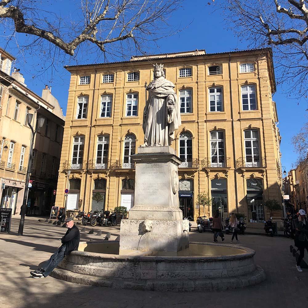 Schülerpraktikum in Frankreich buchen. Aix-en-Provence