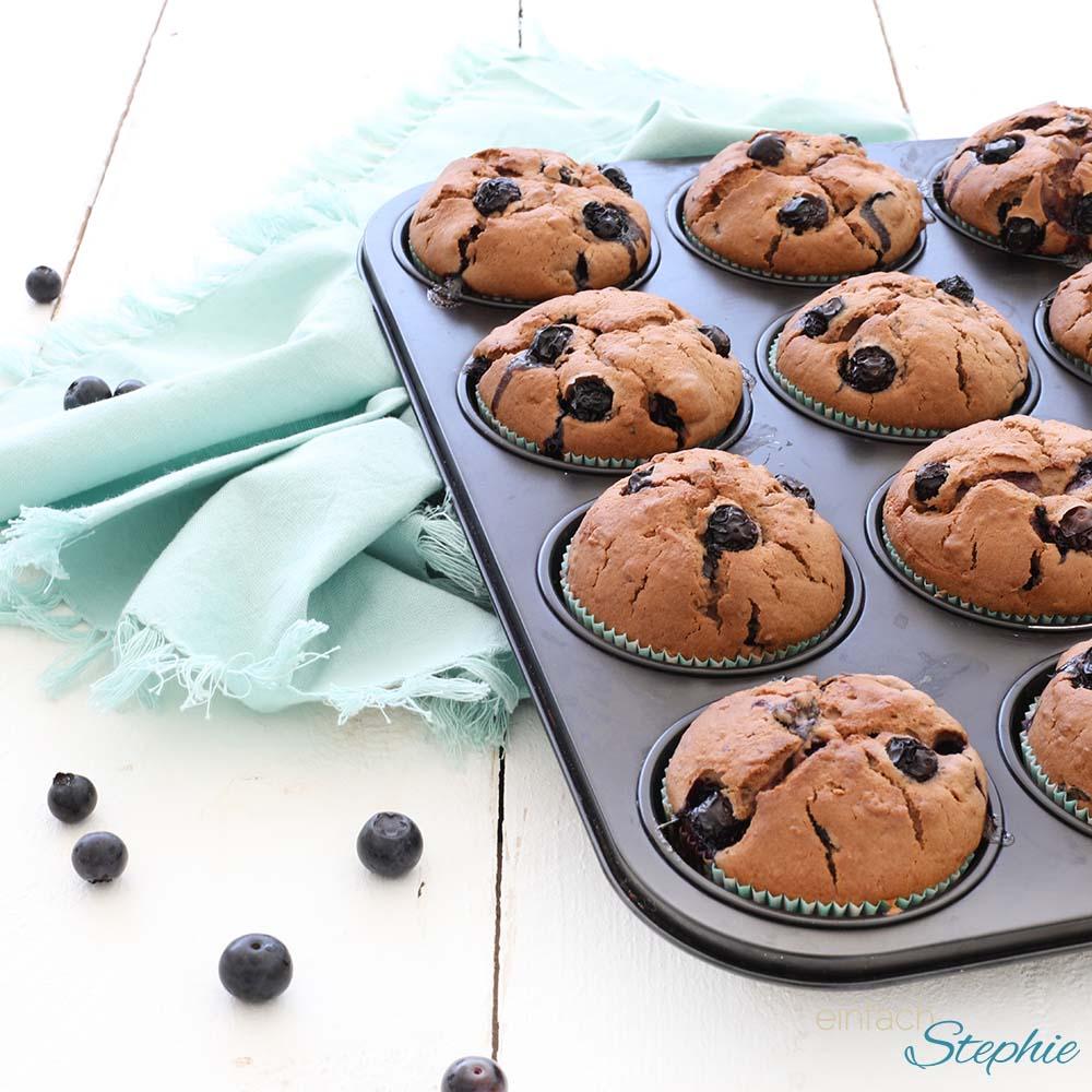 Buttermilch Blaubeer Muffins. Heidelbeer-Muffins einfaches Rezept