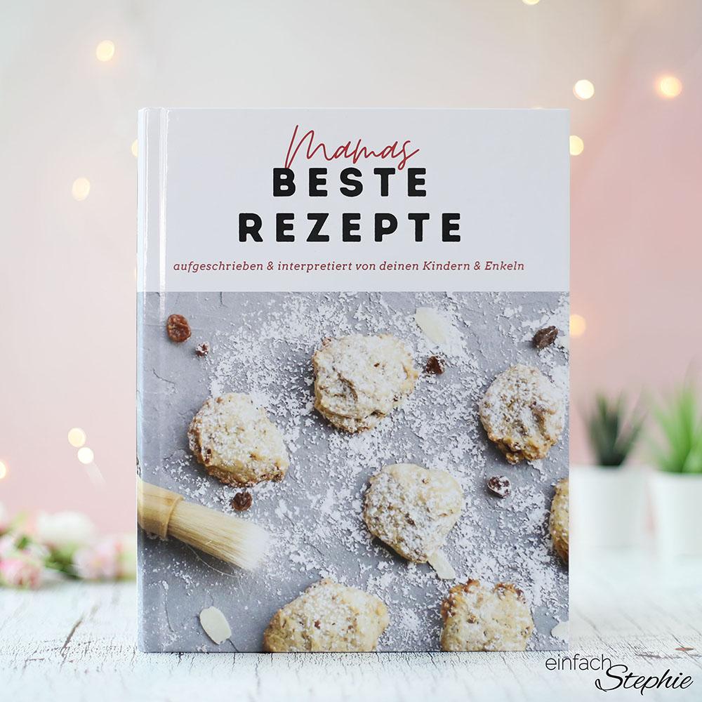 Persönliche Geschenkidee für Mama zum runden Geburtstag. Kochbuch drucken lassen mit sendmoments_kl